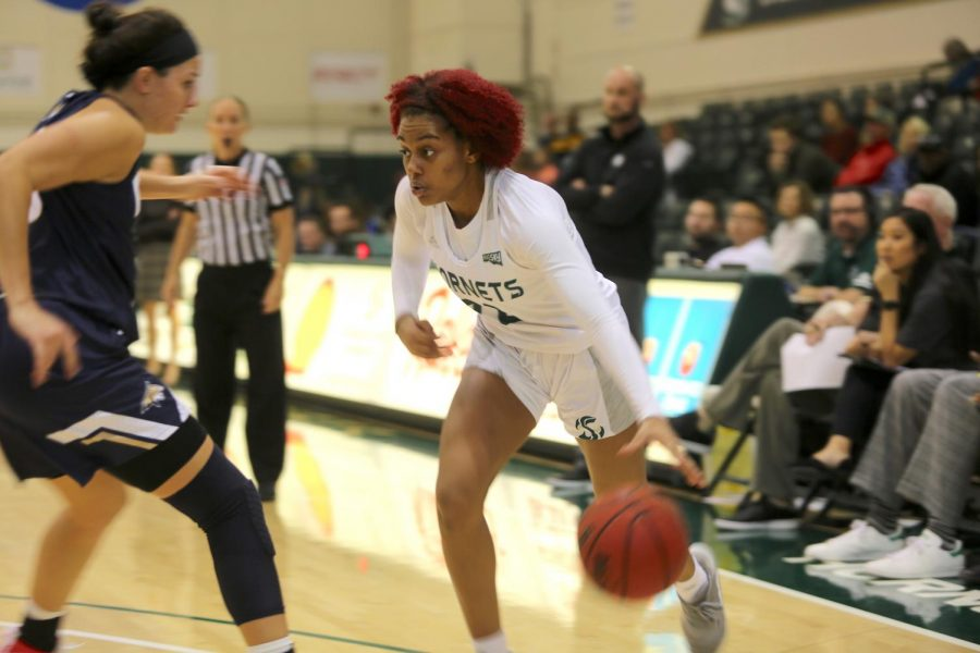 Sac+State+junior+guard+Kennedy+Burks+drives+to+the+basket+against+Montana+State+on+Saturday%2C+Dec.+28+at+the+Nest.+Burks+had+five+points+and+seven+rebounds+in+the+loss.