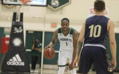 Sac State men's basketball team blows out Montana State at home