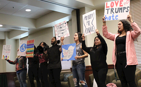 Students for Justice in Palestine hold workshop to educate students about divestment