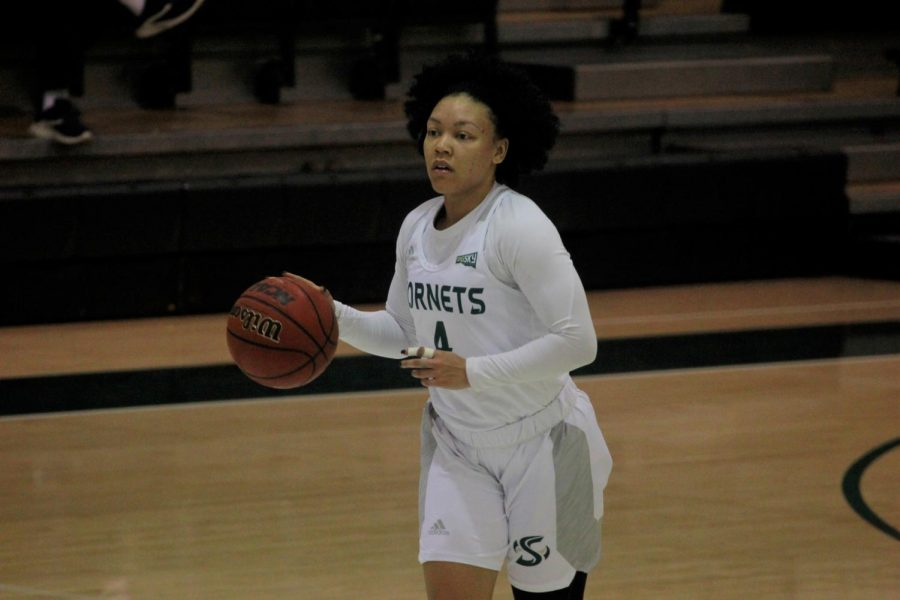 Sac+State+senior+guard+Camariah+King+dribbles+down+the+court+against+Eastern+Washington+at+the+Nest+on+Thursday%2C+Feb.+20.+King+finished+with+eight+points%2C+seven+assists+and+two+steals+in+the+game.+