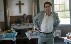 Robert Pattinson and Lucy Faust as Preston and Cynthia Teagardin in Netflix's book-to-film adaptation of