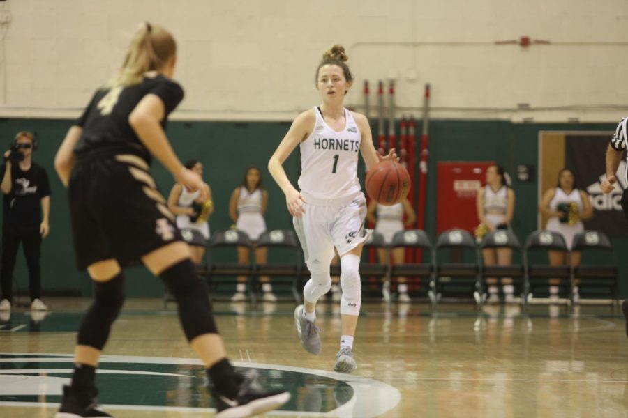 Sac+State+junior+point+guard+Milee+Enger+dribbles+up+court+against+Idaho+on+Saturday%2C+Feb.+22+at+the+Nest.+Enger+lead+the+team+in+both+defensive+rebounds+and+assists+in+the+loss.