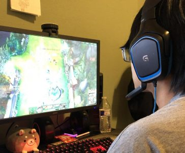 "New member of the League of Legends Gold team Aaron ""BioBanana"" Than plays a game of LoL at his home. Members of the Gold team will play to practice for the MetaShift League, rank up or for fun."