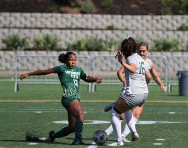Senior forward Ele Avery dribbling through defenders Sunday, Sept. 26, 2021 at Hillsboro Stadium. The Hornets fell to the Vikings in a disappointing 4-2 to open Big Sky play.