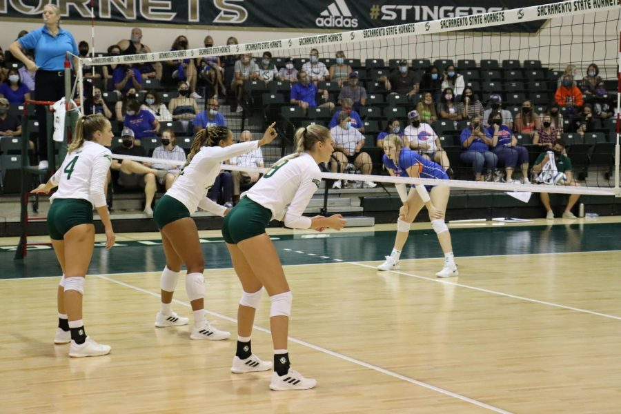 The+Sacramento+State+women%E2%80%99s+volleyball+team+plays+against+Boise+State+in+the+Sacramento+State+invitational+tournament+on+Sept.+11%2C+2021.+The+team+forced+a+comeback+win+against+Idaho+on+Saturday+to+even+their+Big+Sky+Conference+record.